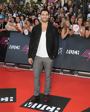 Tyler Hoechlin opted for a black suede blazer for his look on the red carpet of the MuchMusic Video Awards.