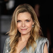 Hairstyles For Women With Fine Hair: Michelle Pfeiffer's Feathery Waves