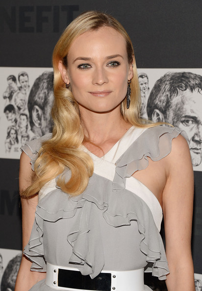 More Pics of Diane Kruger Evening Dress (4 of 14) - Diane Kruger Lookbook - StyleBistro