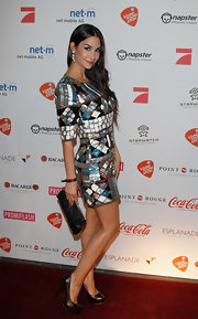 Sila Sahin looked oh-so-stylish all the way down to her black platform pumps.