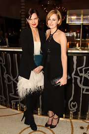 Laura Carmichael went all black at the UK premiere of 'My Week with Marilyn' even with her choice of arm candy: a leather flap clutch.