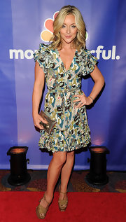 Jane Krakowski looked summery in nude platform sandals.