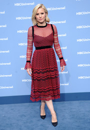 Kristen Bell looked very ladylike in this Philosophy di Lorenzo Serafini embroidered tulle dress at the NBCUniversal Upfront.