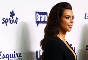 Kim Kardashian wore a lovely hairstyle that was teased at the top and wavy down the back during the NBCUniversal Cable Entertainment Upfronts.