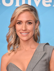 Kristin Cavallari looked lovely with her feathery waves at the 2018 NBCUniversal Summer Press Day.