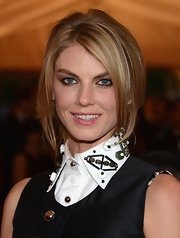 Angela Lindvall arrived at the Met Gala wearing her sleek hair in a causal loose updo.