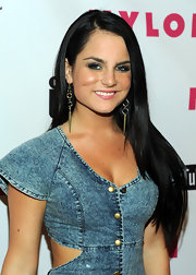 JoJo hit the red carpet at the NYLON Magazine part with straight long tresses that were softly parted down the side.