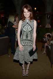 Ellie Kemper looked artsy in this patterned beaded number at the Naeem Khan private dinner.