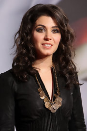 Katie Melua used a range of cool metallic silvers and grays to create her smoky-eyed look at the Nachhaltigkeitspreis gala in Duesseldorf, Germany.
