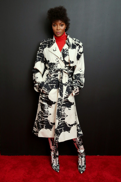 Naomi Campbell Printed Coat [fashion model,clothing,fashion,outerwear,dress,fashion design,trench coat,formal wear,photography,coat,inside arrivals,naomi campbell,new york city,calvin klein collection,new york stock exchange,fashion show,new york fashion week]
