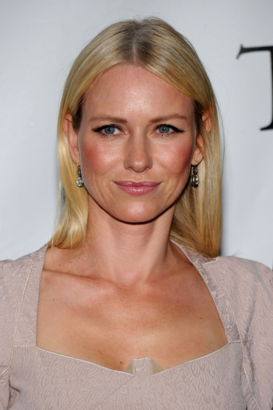 Naomi Watts Dangling Diamond Earrings
