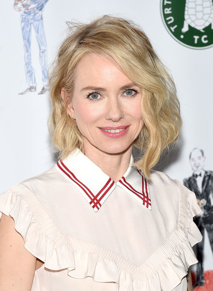 Naomi Watts Short Wavy Cut [hair,hairstyle,blond,brown hair,smile,turtle conservancy,the turtle conservancy,fourth annual turtle ballat the bowery hotel,new york city,fourth annual turtle ball,naomi watts]