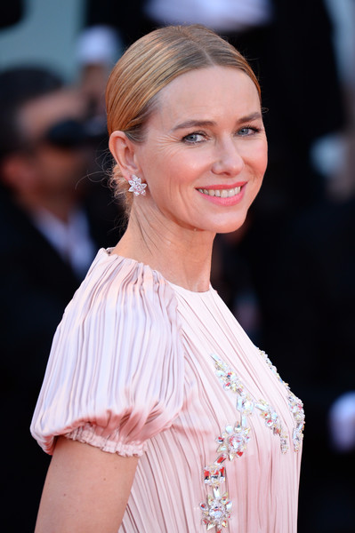 Naomi Watts Chignon [hair,hairstyle,skin,eyebrow,beauty,chin,lady,lip,fashion,shoulder,naomi watts,roma,sala grande,red carpet,venice,italy,roma red carpet arrivals,official competiton,venice film festival,screening]