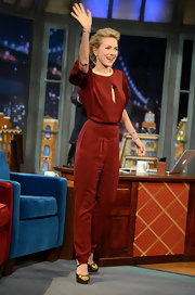 Naomi Watts waved to fans on the set of 'Late Night With Jimmy Fallon' wearing this rusty red jumpsuit.