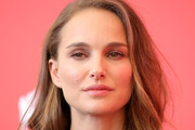 Natalie Portman Medium Curls