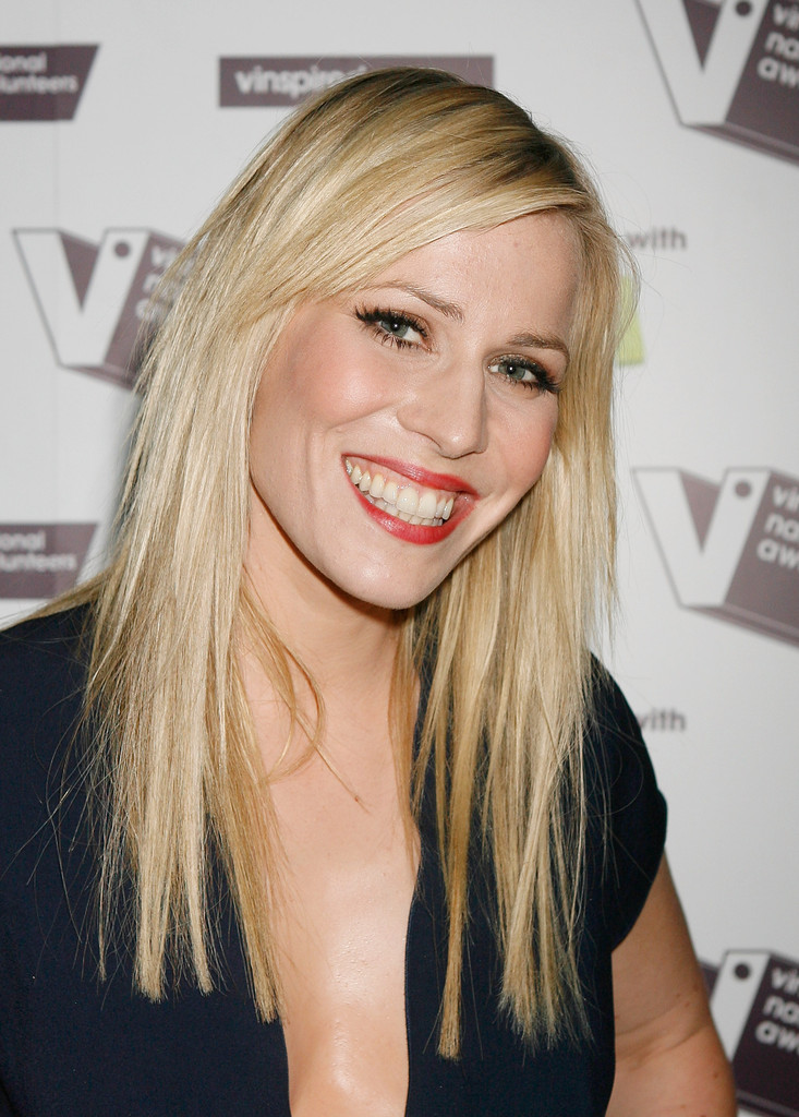 Natasha Bedingfield Long Straight Cut With Bangs Natasha