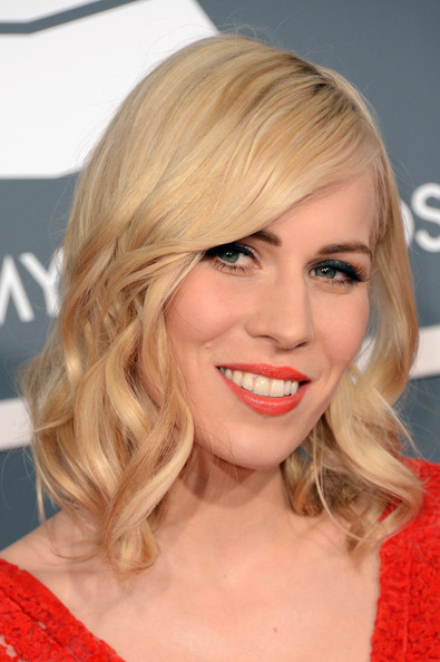 Natasha Bedingfield Red Lipstick [hair,face,blond,hairstyle,chin,lip,eyebrow,beauty,layered hair,long hair,arrivals,natasha bedingfield,staples center,los angeles,california,55th annual grammy awards]