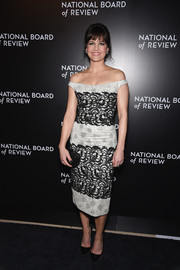 Carla Gugino slipped into an intricately embroidered off-the-shoulder dress by Georges Chakra for the National Board of Review Gala.