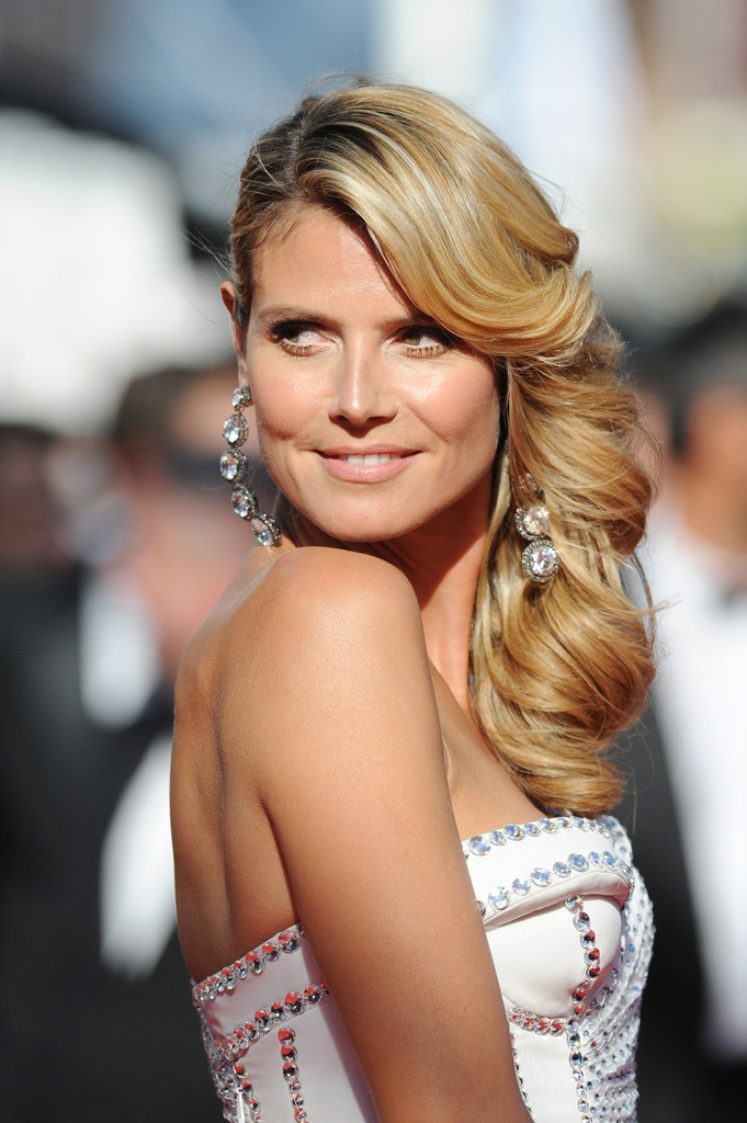 Heidi Klum attends the 'Nebraska' premiere during The 66th Annual Cannes Film Festival at the Palais des Festival on May 23, 2013 in Cannes, France.