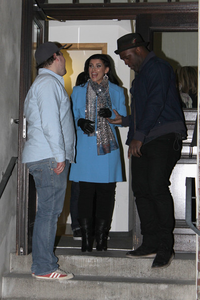 More Pics of Nelly Furtado Wool Coat (1 of 10) - Nelly Furtado Lookbook - StyleBistro