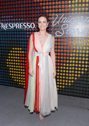 Brie Larson looked vibrant and glam in this plunging color-block gown by Schiaparelli Couture at the 'Unicorn Store' cocktail party.