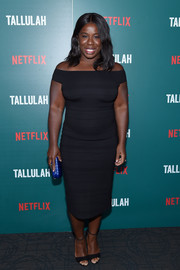 Uzo Aduba went for simple styling with a pair of black ankle-strap heels.