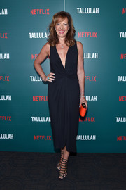 Allison Janney kept it chic all the way down to her Schutz cage sandals.