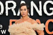 Jackie Cruz stayed cool with this short side-parted 'do at the premiere of 'Orange is the New Black' season 7.