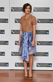 Keira paired her Rodarte skirt with platform leather pumps.