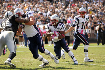 Tom Brady Benjarvus Green-ellis New England Patriots v Oakland Raiders