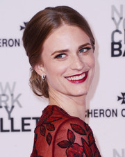 Julie Henderson was elegantly coiffed with this chignon during the New York City Ballet Spring Gala.