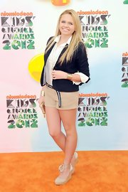 Alli Simpson rocked these short khaki shorts at the 2012 Kids Choice Awards.