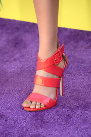 As if Victoria Justice's look wasn't colorful enough, the young star chose this pink strappy sandal to give her look an extra dose of color.