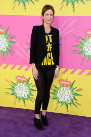 Kristen Wiig sported this cool, lettered tee for her casual but fun look on the purple carpet at the KCAs.