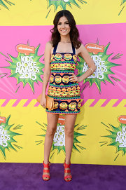 A colorful tribal-print dress gave Victoria Justice a bright and colorful look on the purple carpet of the KCAs.