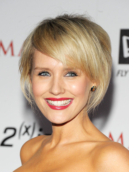 Nicky Whelan Bob [miller lite,hair,face,hairstyle,blond,eyebrow,chin,lip,beauty,bangs,forehead,silver jeans co,arrivals,nicky whelan,actress,ist,eden,california,new era,maxim hot 100 party]