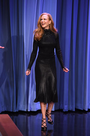 Nicole Kidman was a timeless beauty in a long-sleeve, high-neck LBD by Ferragamo during her appearance on 'The Tonight Show.'
