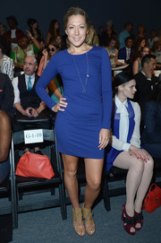 Colbie Caillat was low-key in a long-sleeve cobalt mini dress at the Nicole Miller fashion show.