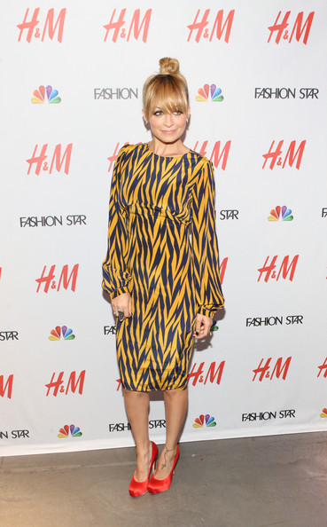 Nicole Richie Platform Pumps [fashion star,footwear,clothing,fashion model,flooring,carpet,outerwear,shoe,costume,red carpet,product,nicole richie,new york city,flagship store,nbc,h m,event]