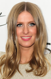 Nicky Hilton kept her lips subtle with shiny lip gloss.