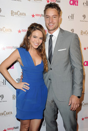 Chrishell Stause paired a pastel-blue mani with her darker dress for the So Sexy L.A. event.