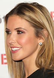 Audrina Patridge kept her jewelry simple with classic diamond stud earrings.