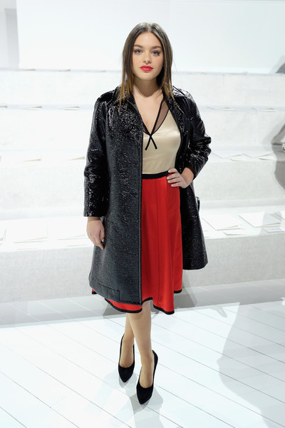 Odeya Rush Leather Coat [marc jacobs fall 2016 show,clothing,black,white,fashion,fashion model,outerwear,lady,coat,footwear,dress,odeya rush,marc jacobs,front row,new york city,park avenue armory,fashion show,new york fashion week]