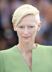 Tilda Swinton sported a short side-parted hairstyle at the Cannes Film Festival photocall for 'Okja.'