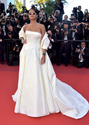 Rihanna gave us bride vibes with this strapless white gown by Christian Dior Couture at the Cannes Film Festival screening of 'Okja.'