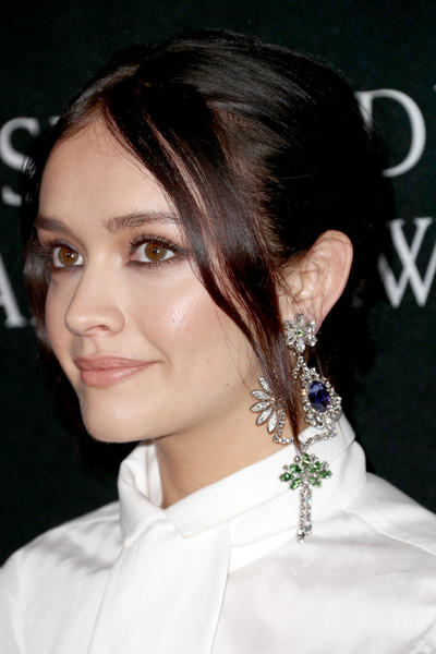 Olivia Cooke Gemstone Chandelier Earrings [hair,hairstyle,face,eyebrow,chin,beauty,black hair,ear,forehead,lip,arrivals,olivia cooke,british academy britannia awards,the beverly hilton hotel,beverly hills,california,amd,american airlines,jaguar land rover]