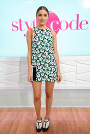 Olivia Culpo was '60s-chic in an A-line floral mini dress by Stella McCartney while co-hosting an episode of Amazon's 'Style Code Live.'