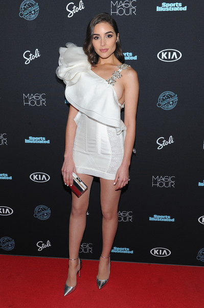 Olivia Culpo Evening Pumps
