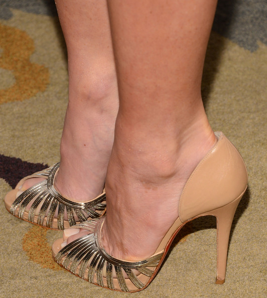 Olivia Munn Evening Pumps Olivia Munn Looks Stylebistro