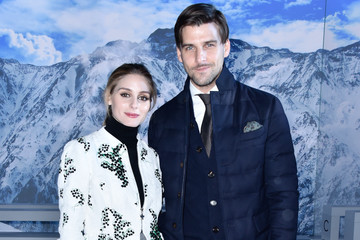 Olivia Palermo Johannes Huebl Moncler Gamme Rouge : Front Row - Paris Fashion Week Womenswear Spring/Summer 2016